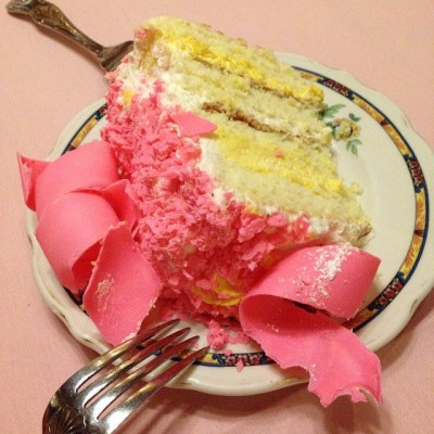 The pink champagne cake is 3,457 Weight Watchers Points.